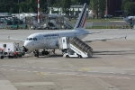 Eine Maschine von Air France in der Parkposition (2)
