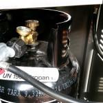 Gasflasche mit Adapter US-DE