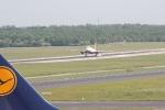 Eine Marschine von Air Berlin bei der Landung (3)