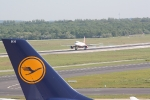 Eine Marschine von Air Berlin bei der Landung (4)