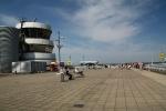Die Besucherterasse im Flughafen Düsseldorf