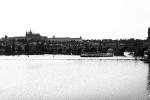 Nachmittäglicher Blick auf Karlsbrücke, Burg und Veitsdom